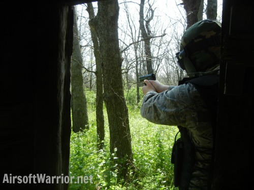 1on 1 Airsoft Battle Tactics | AirsoftWarrior.net
